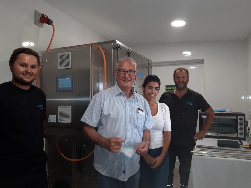 Laboratory dryer at sales partner Rolsa